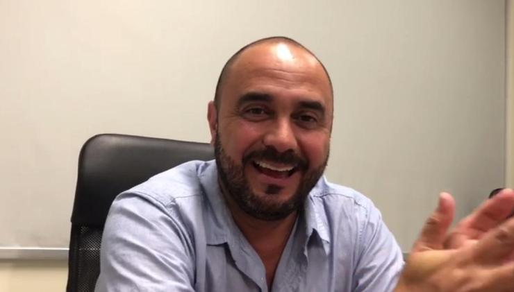 Kristian Mora director de deportes canal 8. Foto:Multimedios