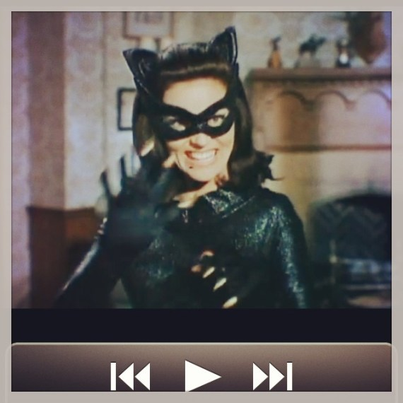 #catwoman says head down to #ManhattanBeach Tom is playing at #OBs from 9:30 to midnight!!! Hear that #batman??