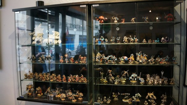 Vitrines figurines uchronies