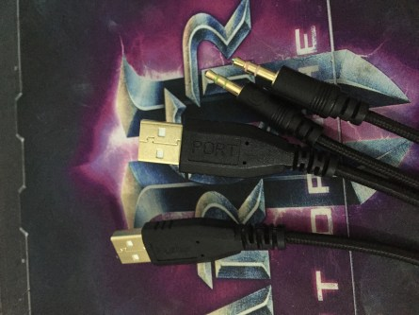 Razer BlackWidow Ultimate Chroma connectique