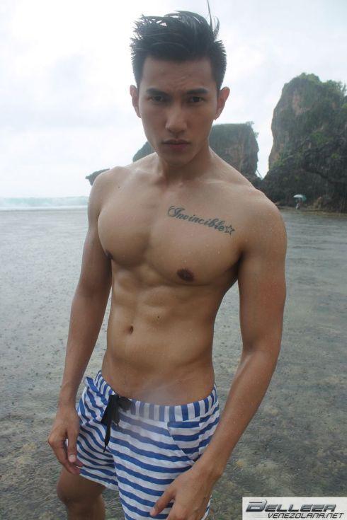 Mister International 2013 Swim Wear Tommy Beauty Pro