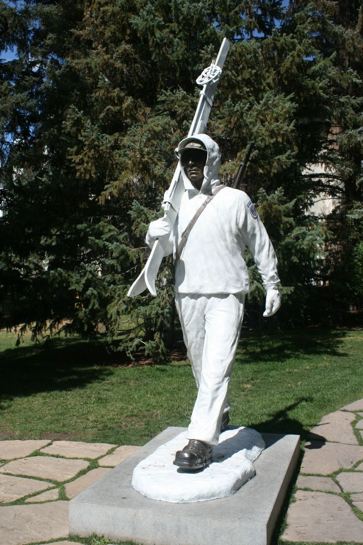 10th Mountain Division solder statue at Vail