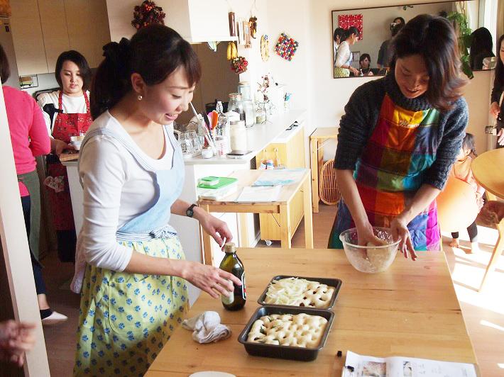 Mama Cafe子連れパン教室