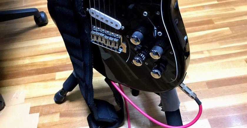 ギターとシールド