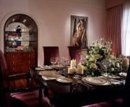 Madonnas-NY-apartment-in-AD-dining-rm-611x506