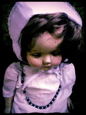 Creepy Cracked Doll (1)