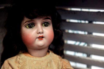 creepy-blank-stare