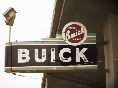 vintage-buick-sign