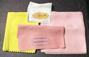 Picture of Soft sunglasses lens cleaning cloths.
