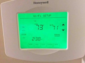 Picture of the Screen Display of the Honeywell RTH8580WF Thermostat, in Wi-Fi Setup Mode