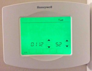 Picture of the Honeywell RTH8580WF Thermostat on the Parameters Configuration Screen.