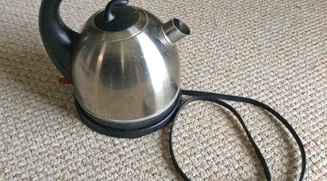 Clean a Cordless Electric Kettle, How To