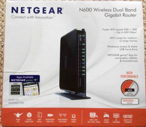 Picture of the Front of the original carton for the Netgear N600 WNDR3700v4 Wifi Router.