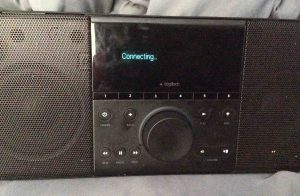 Picture of the Logitech SqueezeBox Boom, attempting to connect to Wi-Fi network.