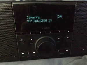 """Picture of the """"Connecting..."""" screen."""
