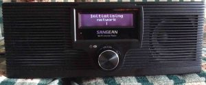 Picture of the Sangean WFR-20 Internet Radio, displaying the Initialising Network screen.