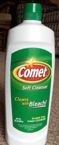 Picture of Comet Scratch Free Soft Cleanser with Bleach, 24 ounce bottle, front view.
