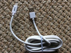 Picture of the DE 9 Ft. Lightning to USB Cable, unpacked.