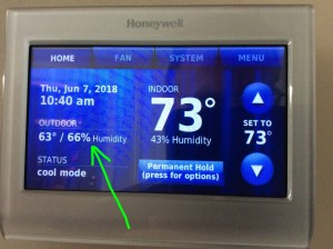 Honeywell Waiting for Update RTH9580WF thermostat message. Screenshot of the Honeywell RTH9580WF thermostat, showing outdoor temperature and humidity, the -Waiting for Update- message gone.