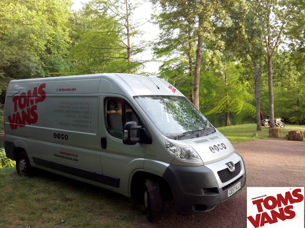 Brighton-based Removlas and Man with a Van servcie, covering local, UK and European removals