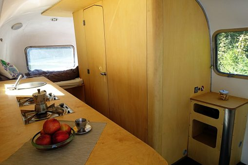 Airstream Bad
