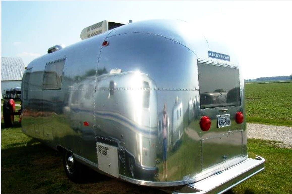 Glamping-Airstream-Safari-Heck-Verkauf