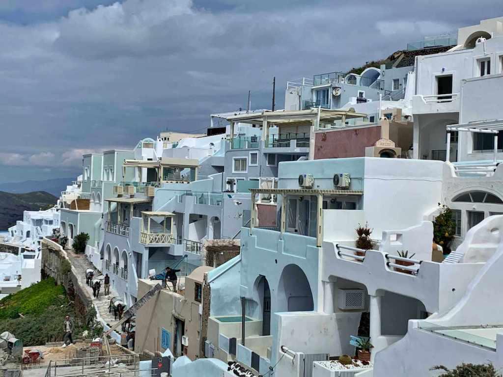 サントリーニ島の街並み