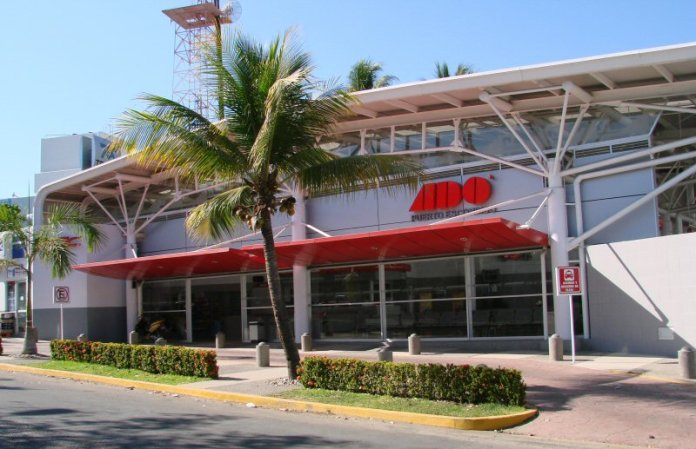 ADO Bus Station, Puerto Escondido