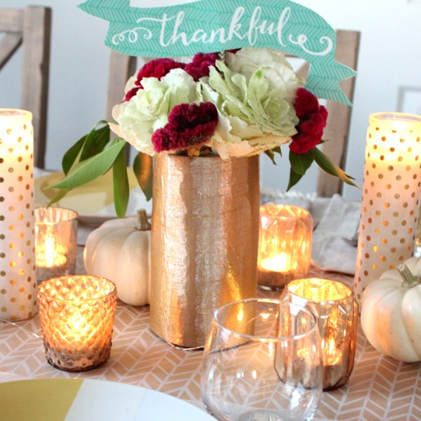 Thanksgiving Tablescape with Free Thankful Banner Printable