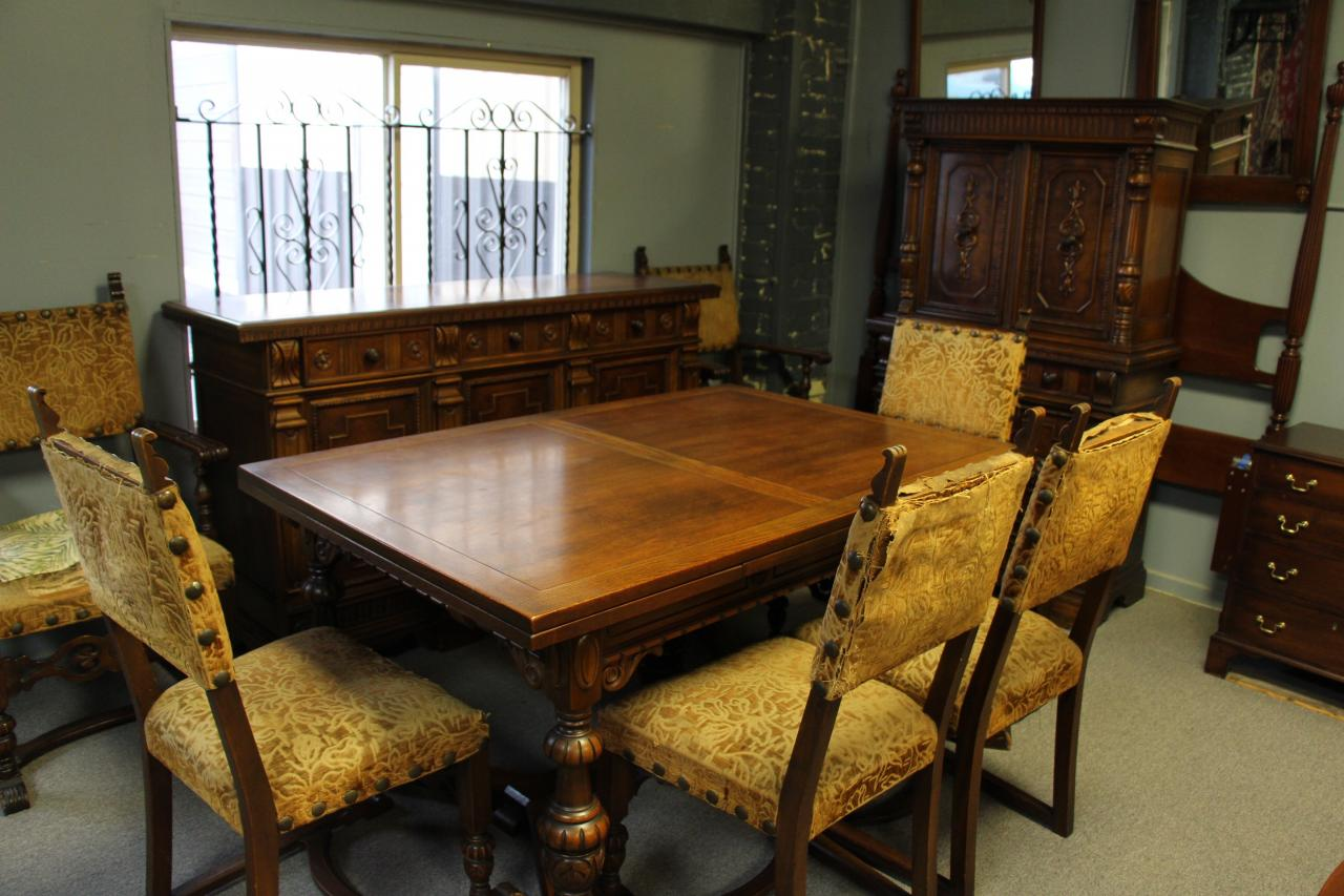 Tonawanda Woodworks Jacobean Dining Room Set Circa 1920s