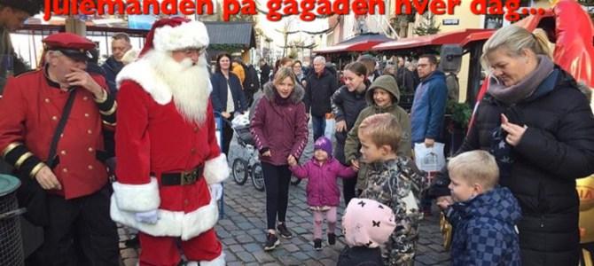 Julebyen Tønder: Mød Tønders egen julemand på gågaden….hver dag…