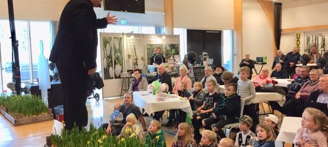 Forårsmessen i Tønder: Fantastisk tryllekunstner på scenen