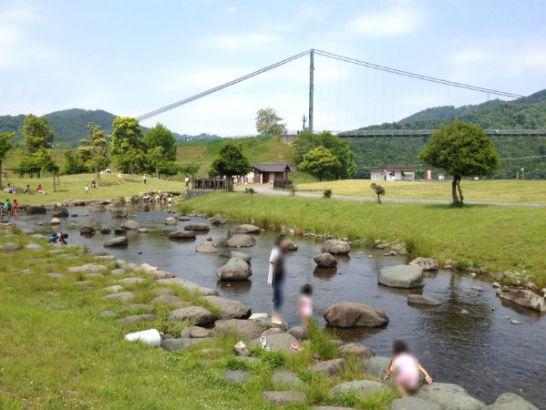宮ヶ瀬湖畔園地のじゃぶじゃぶ池