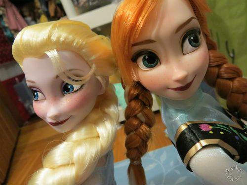 アナ エルサ ドール 人形