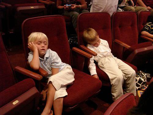 映画館 子供