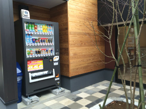 管理棟の自動販売機