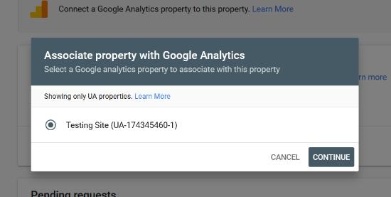 Elija la propiedad de Analytics asociada