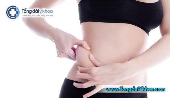 Có nhiều nguyên nhân dẫn đến tăng mỡ bụng. Bao gồm chế độ ăn uống kém, thiếu tập thể dục và căng thẳng.