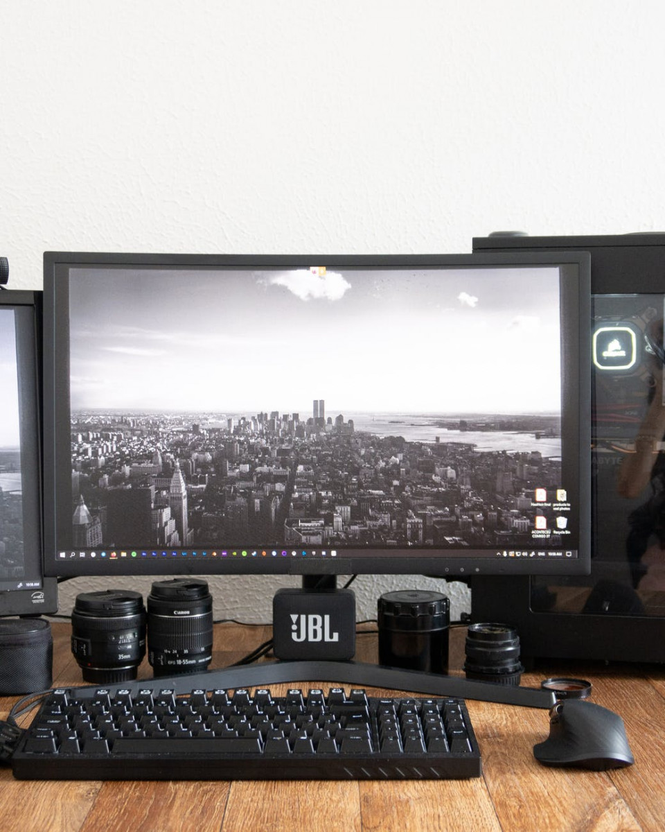 modern computer with screensaver on table