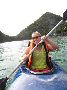 Kayaking away in Ha Long Bay!