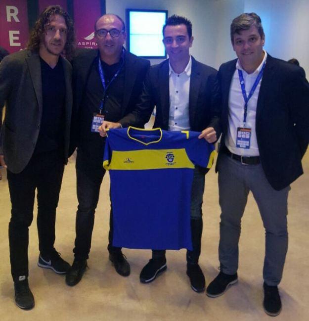 Toni Cortes con Carles Puyol y Xavi Hernández en Amsterdam en el Congreso de Fútbol Aspire Summit 2016 en Amsterdam