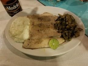 Pescado/Fish at restaurant El Mare