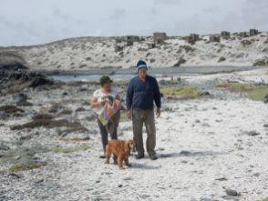Mit den Gastgebern am Strand