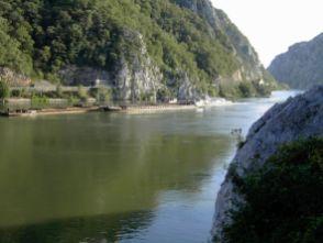 Das eiserne Tor - am anderen Ufer liegt Serbien