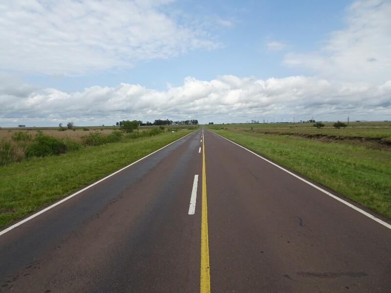 Von Uruguayana nach Salta - 2.300 km Felder ...