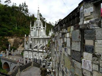 Eines der modernen Weltwunder in Las Lajas