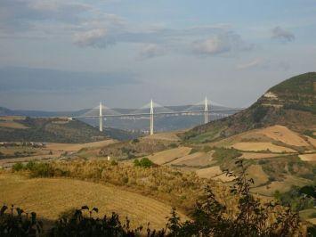 Millau - die Brücke über den Tarn