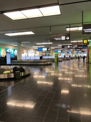 Ankunftshalle am Flughafen Wien