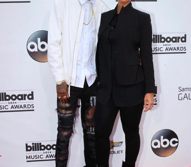 2014 Billboard Awards Fashion HITS and MISSES [PART2 Fashion Police]