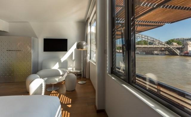 A Floating Hotel in Paris - designer silver suite 3